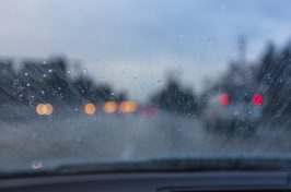 how can a leaking windscreen be fixed?